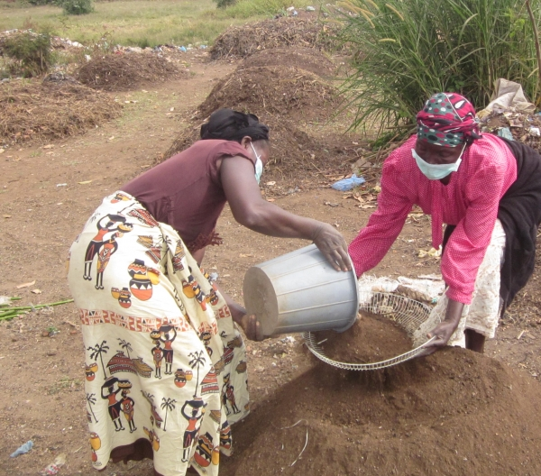 Waste Recycling Cooperative Helps Clean up Malawi, Focuses on Underfunded Areas